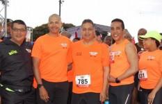 Participan 1,600 deportistas en la carrera del MIDE para honrar al...